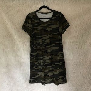 Worn once - Camo tee dress XL